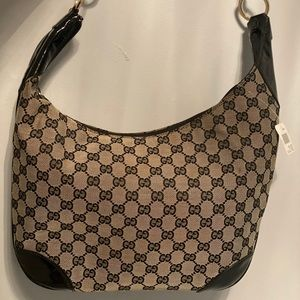 Vintage Shoulder Gucci bag